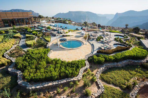 نمایی زیبا از هتل آنانترا جبل الاخضر عمان